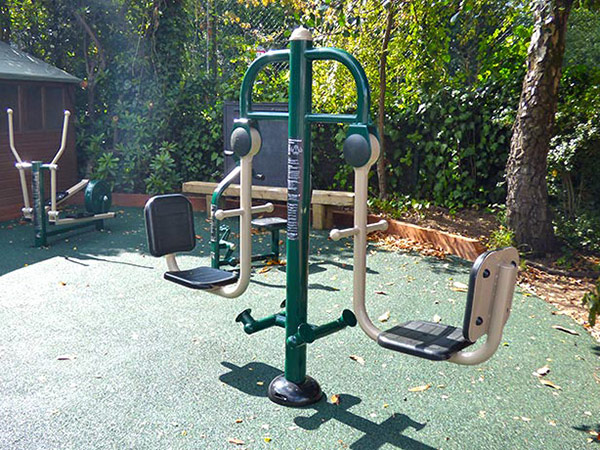 Wimbledon-school-outdoor-gym-thumb